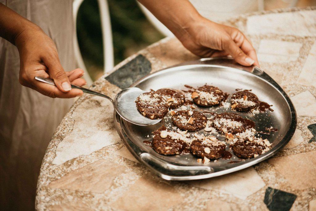 Raw Dark Chocolate Chips Cookies